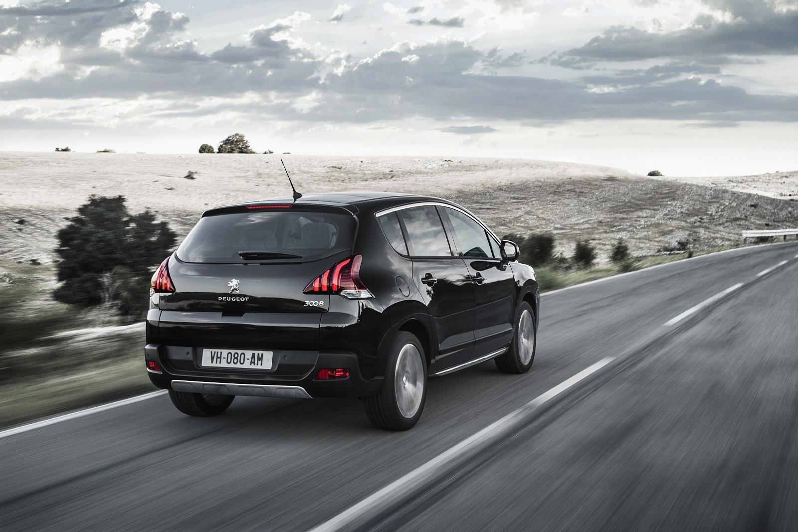 Rear View 2014 Peugeot 3008