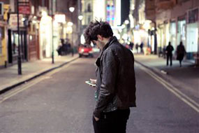 texting-pedestrian