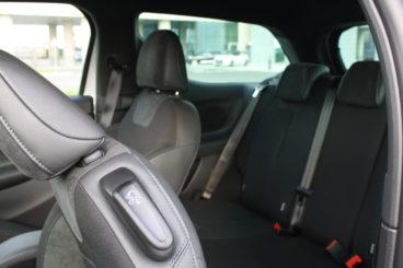 DS3 Puretech 130 Prestige Drive back seat interior