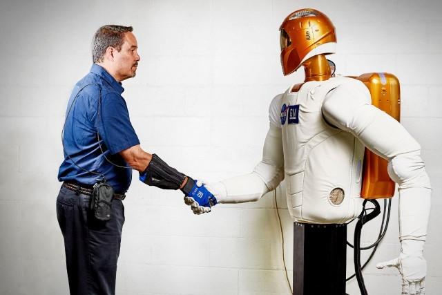 General Motors Robot