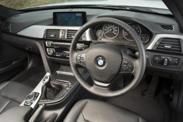 BMW 3 Series Saloon Dashboard Interior