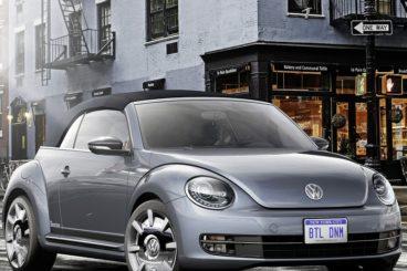 Volkswagen Beetle Cabriolet parked on street corner