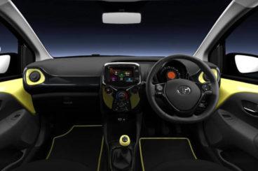 Toyota Aygo XCite interior dashboard