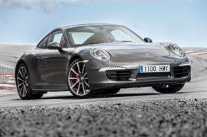 2017 Porsche 911 4 Coupe Front Pic
