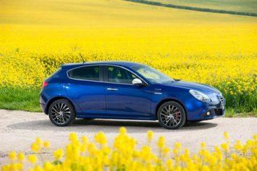 2017 Alfa Romeo Giulietta Hatchback Profile