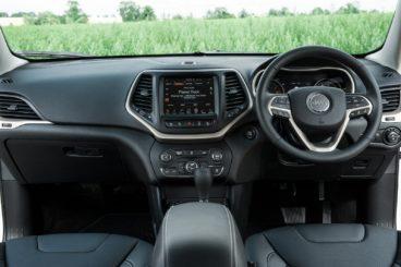 Jeep Cherokee SUV Diesel Interior