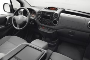 Peugeot partner black/grey interior