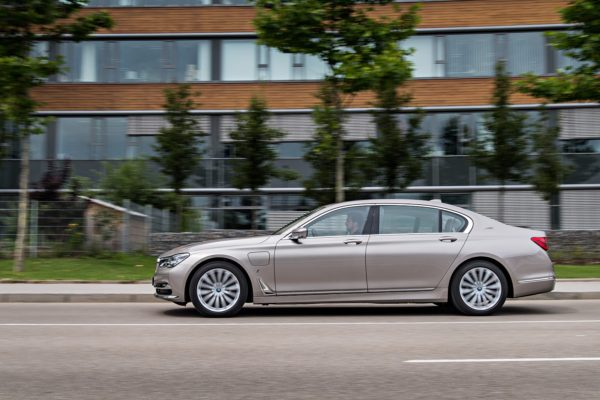 BMW7Series0517(5)